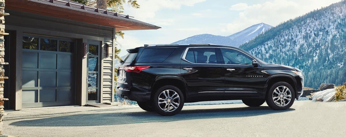 2020 Chevy Traverse New Black Cherry Color
