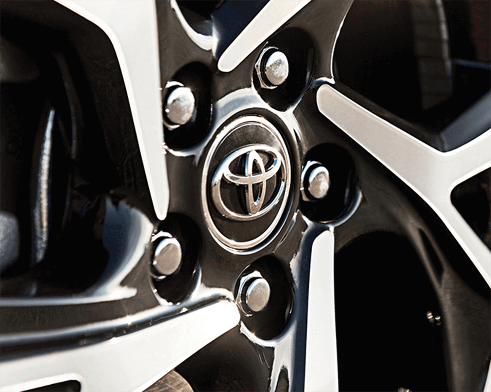 2019-Toyota-C-HR-CA-Wheel