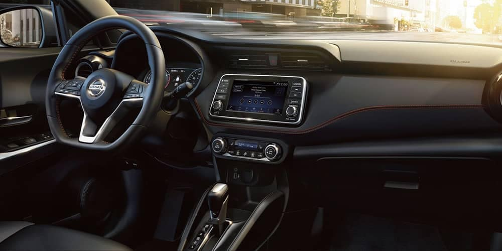 2019 Nissan Kicks Dash