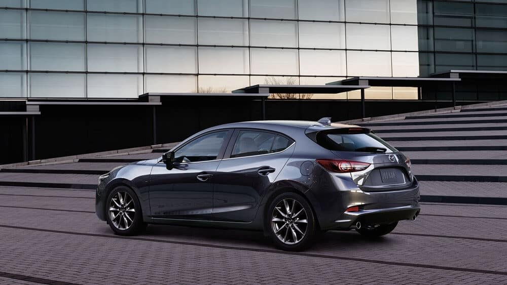 the-2018-mazda-3-hatchback-side-profile