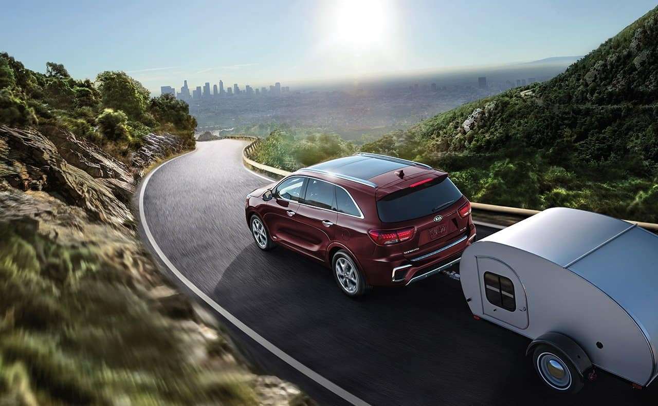 2019 Kia Sorento towing a trailer