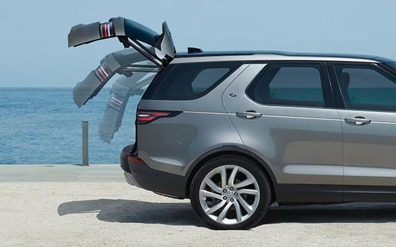 Land Rover Discovery Power Gesture Tailgate
