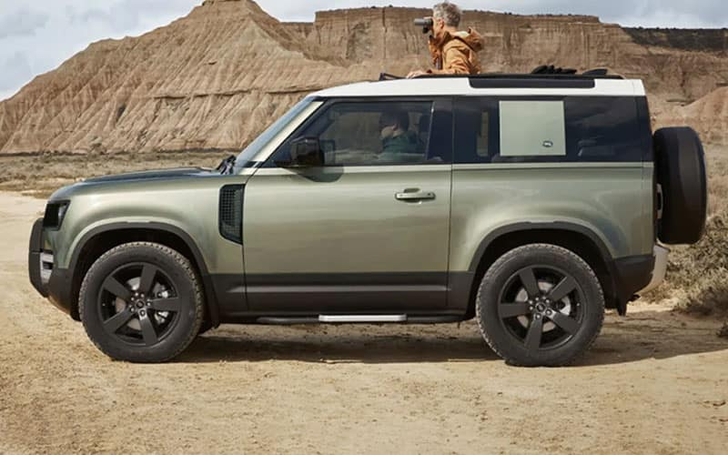 Land Rover Defender 90 Styling