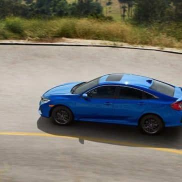 Honda_Civic_Si_Sedan_Driving_Turn