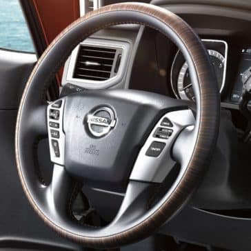 Titan_Steering_Wheel