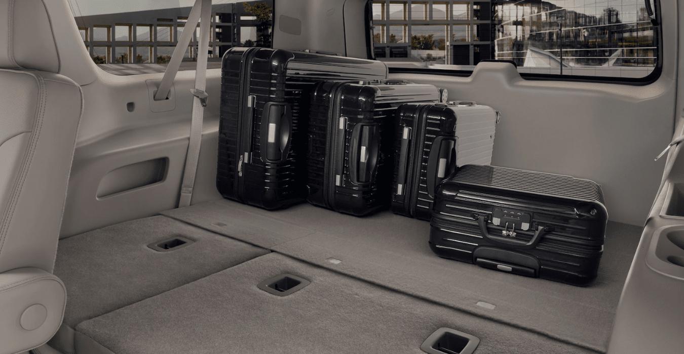 2019 GMC Yukon interior trunk
