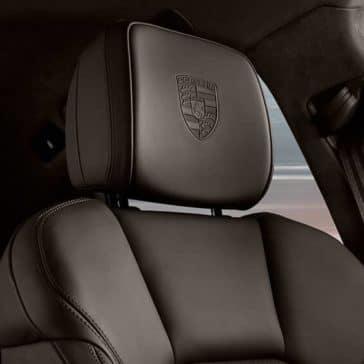 2019 Porsche Macan headrests