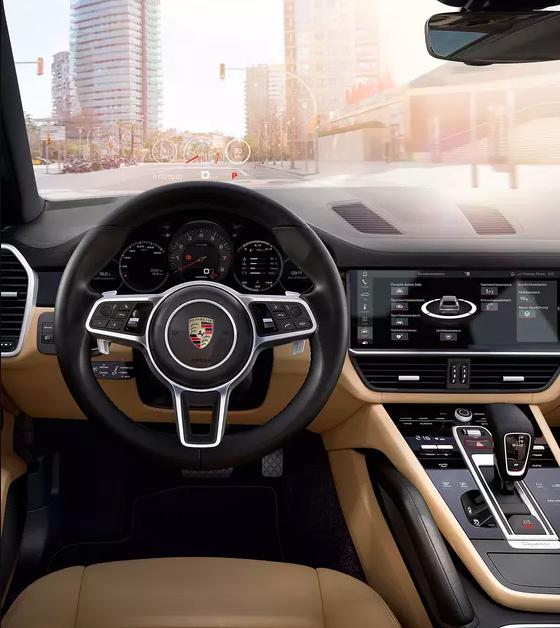 Porshe Cayenne steering wheel and logo