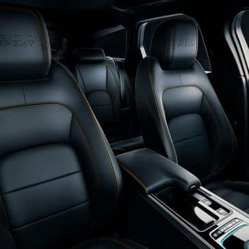 2019-jaguar-xf-300-sport-interior