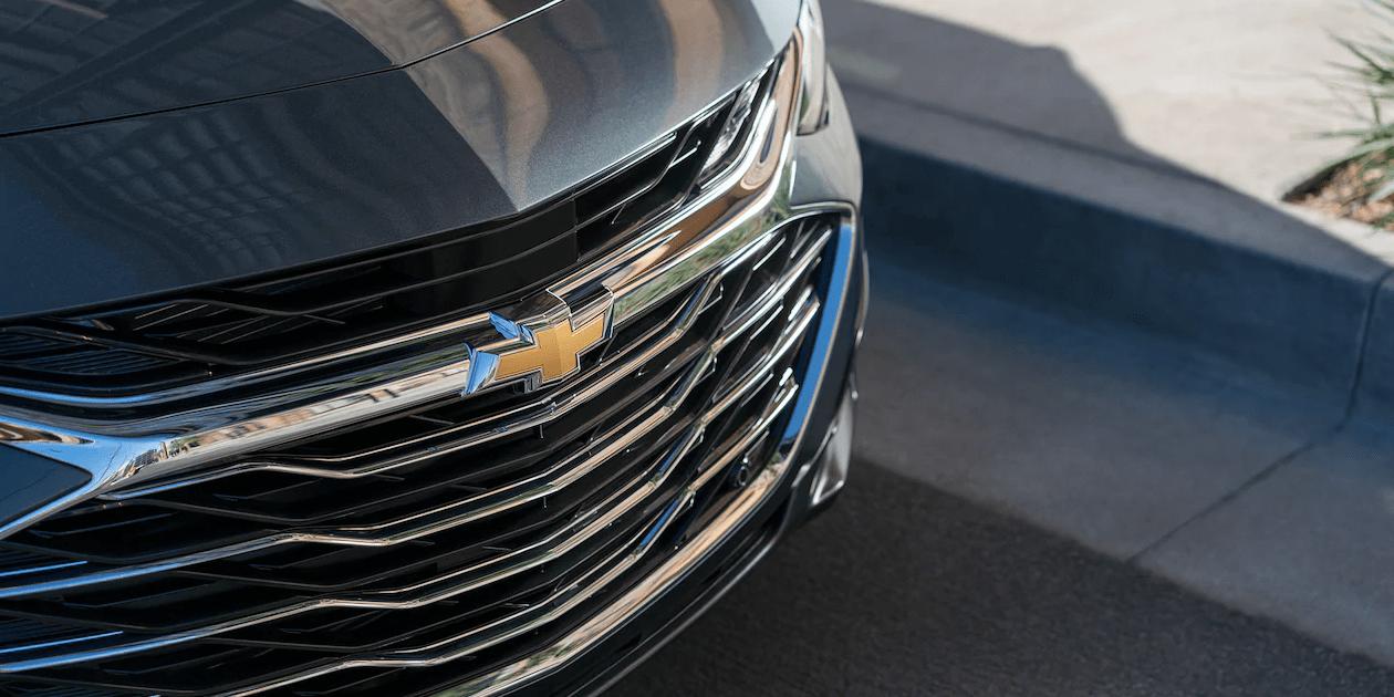 2019 Chevrolet Malibu front grille closeup
