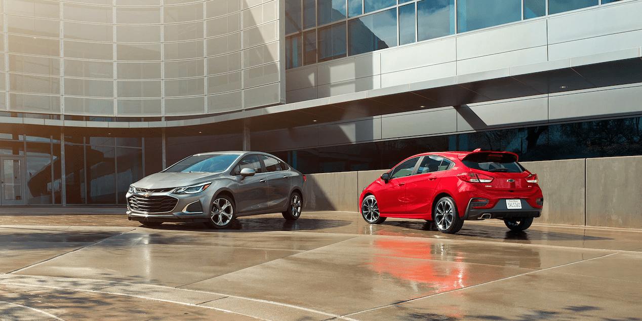 2019 Chevrolet Cruze sedan and hatchback