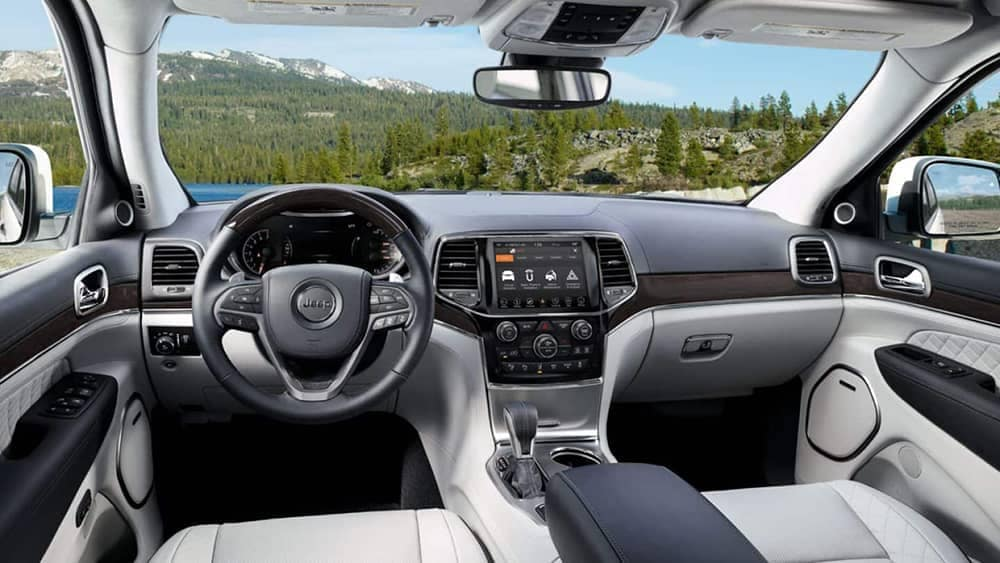 2019 Jeep Grand Cherokee Interior Gallery 6