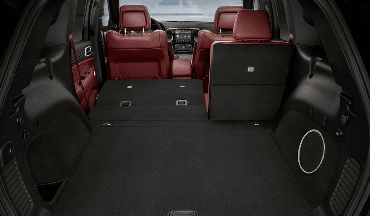 2019 Jeep Grand Cherokee interior trunk with seat folded down