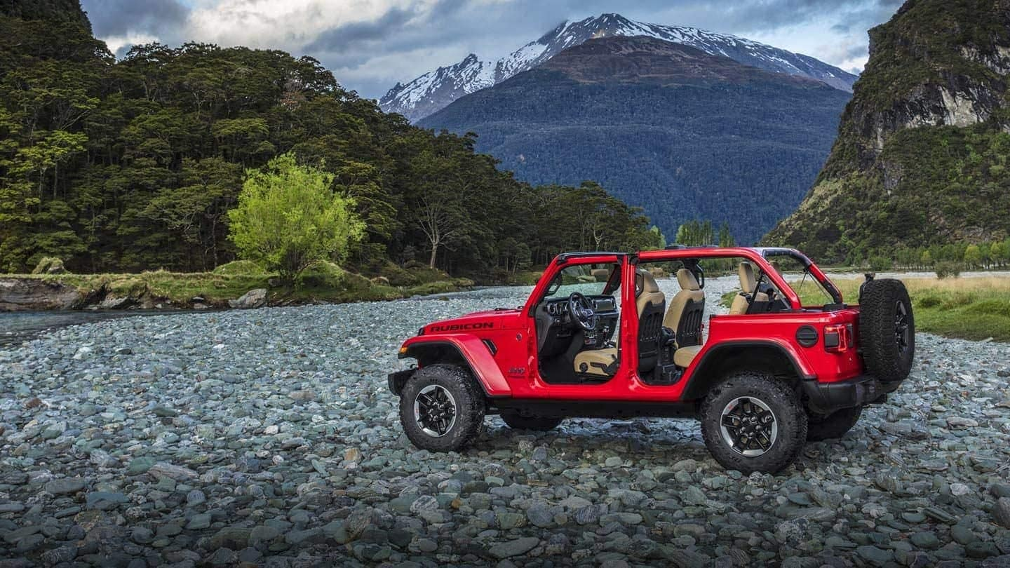2019 Jeep Wrangler Rubicon in red
