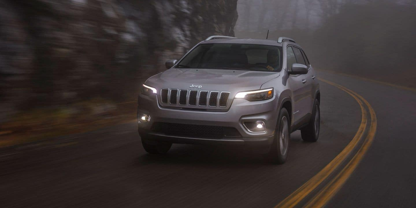 2019 Jeep Cherokee driving in fog