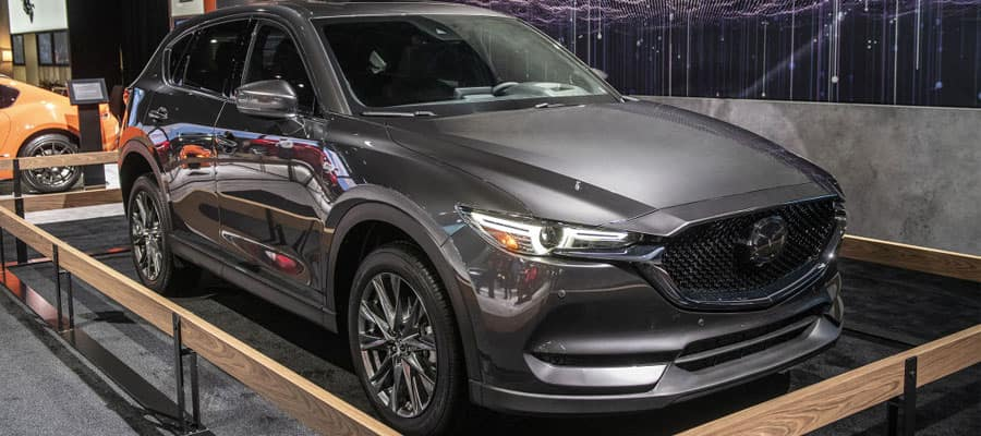 "2019 Mazda CX-5 Signature SKYACTIVE<sup>®</sup>-D""/>             </div> </div></div> </section> <section style="
