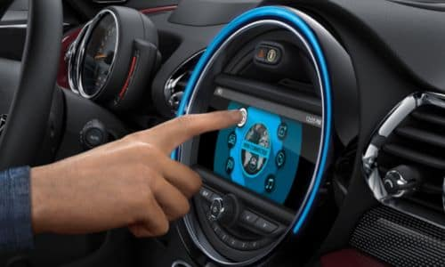 2020 MINI Countryman Touchscreen