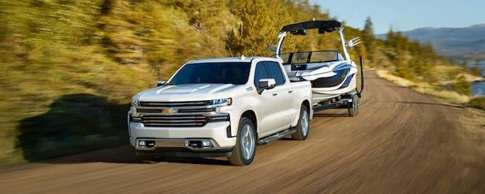 2019 chevy silverado towing boat on highway