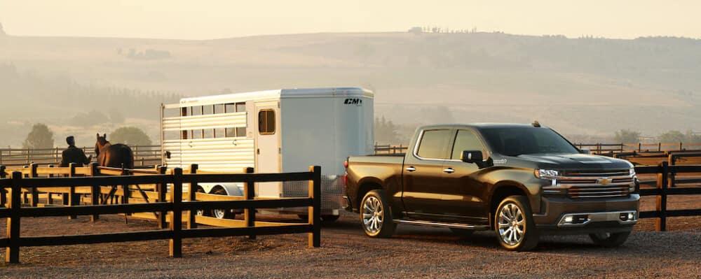 2021 Chevrolet Silverado towing trailer
