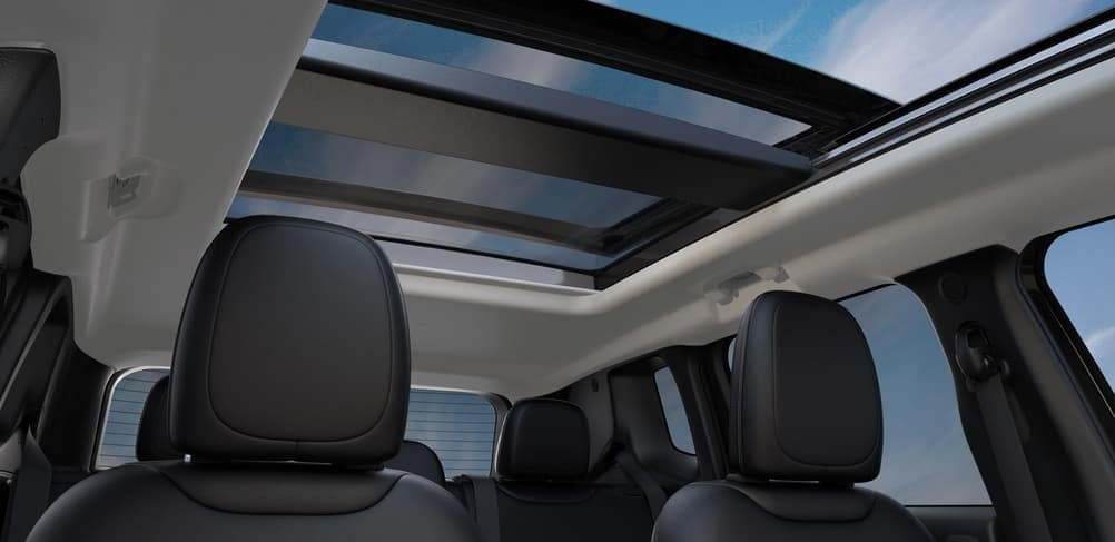 2019 Jeep Renegade interior panoramic moonroof and space