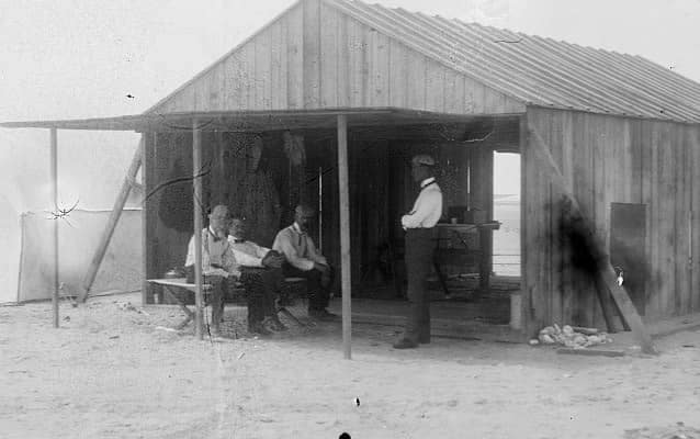 Wright brothers and colleagues at Kitty Hawk camp, 1901
