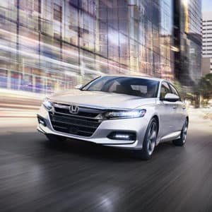 2020 Honda Accord vs Toyota Camry