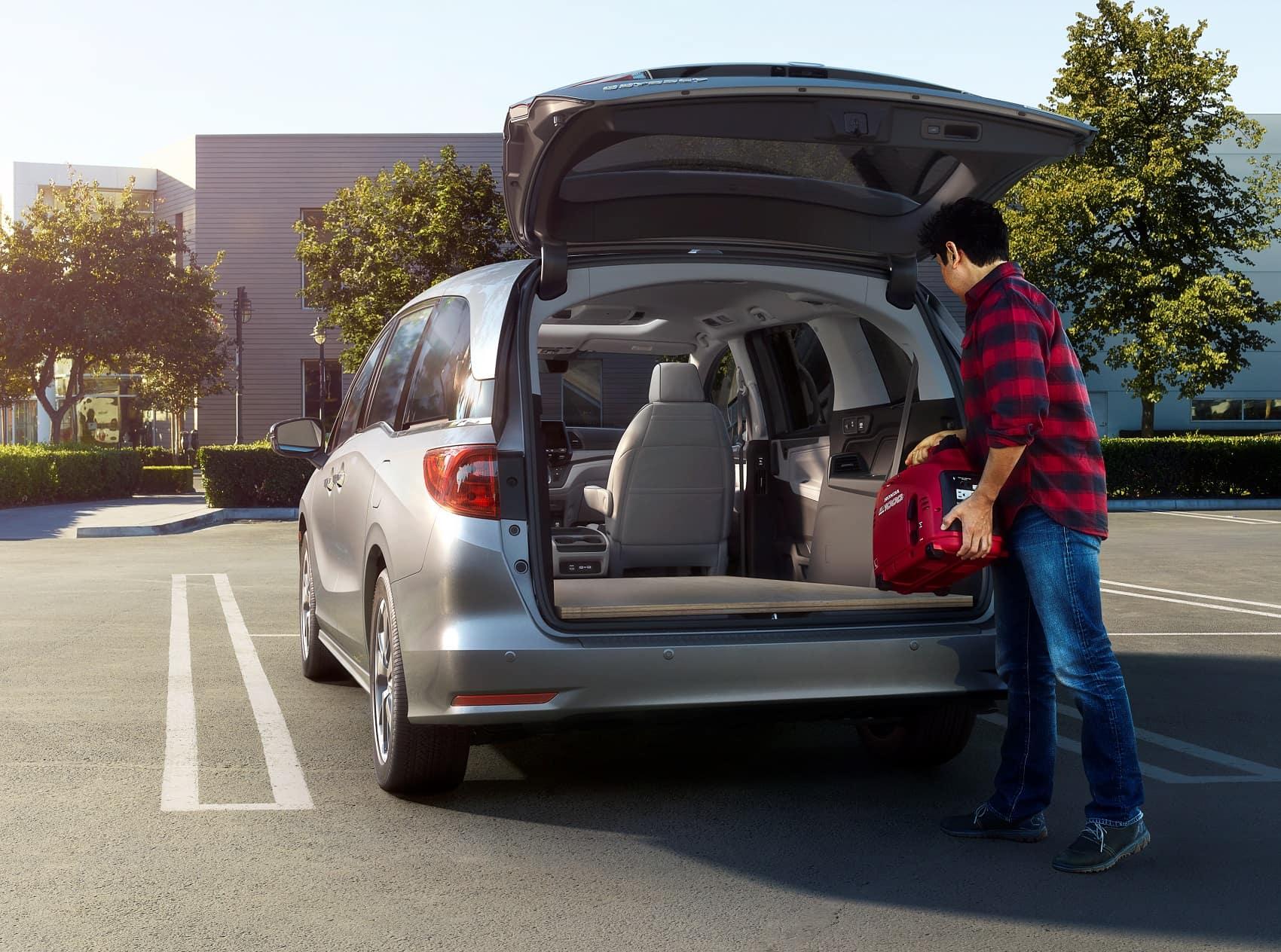 Huntington Beach, CA   Honda Odyssey