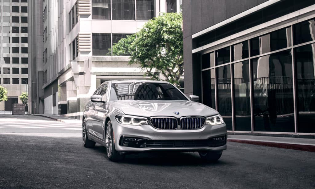 LEASE A 2019 BMW 530i xDRIVE