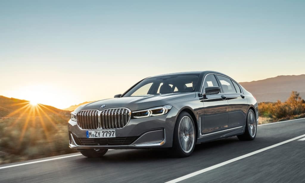 LEASE A 2019 BMW 750i xDRIVE