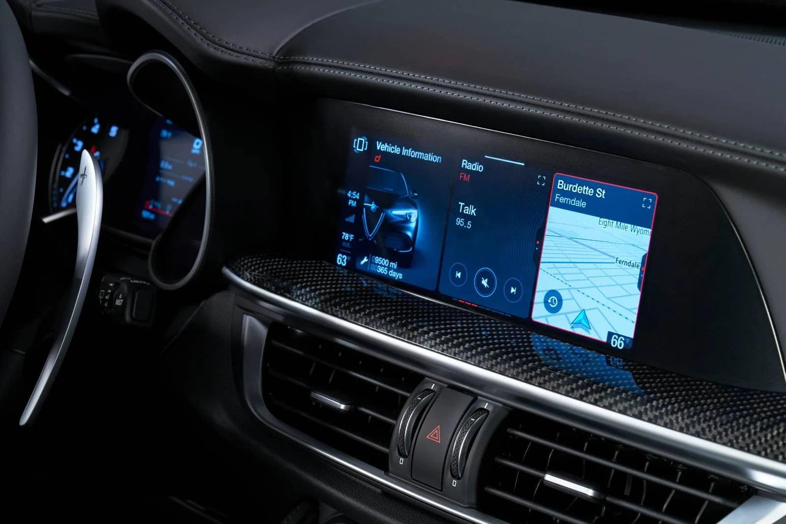 2022 Alfa Romeo Stelvio Technology available in Tysons VA