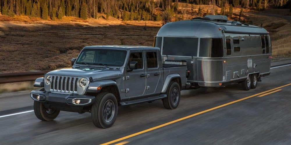 2020 Jeep Gladiator Towing Trailer
