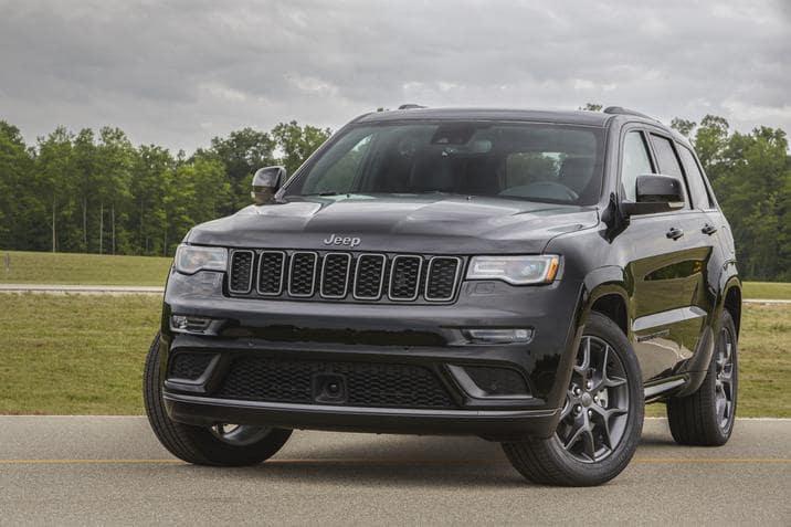 Amityville New York - 2019 Jeep Grand Cherokee's Exterior