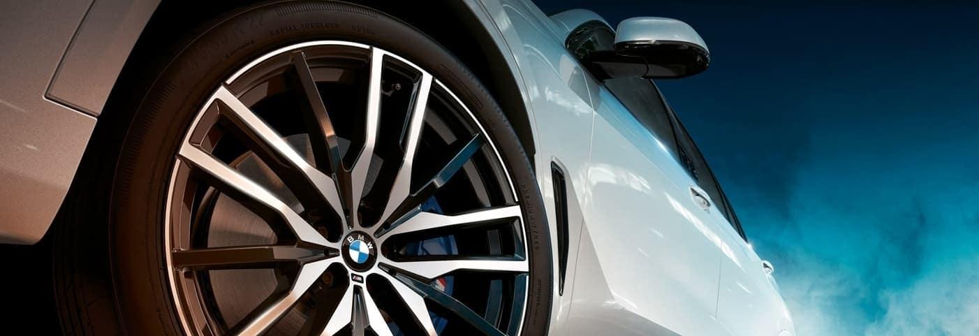 2020 BMW X5 tire up close