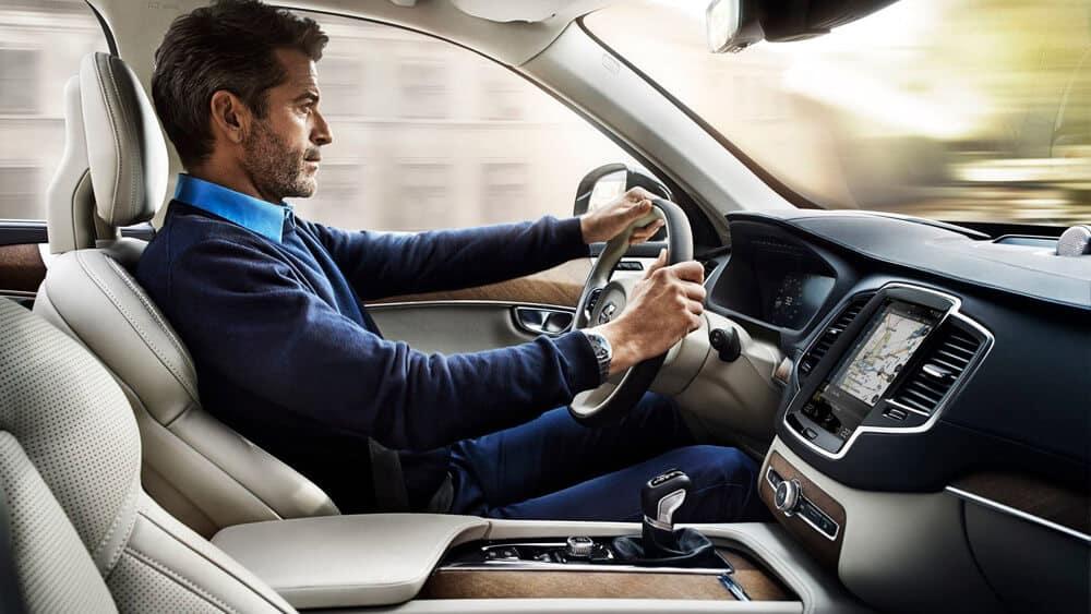 2019 Volvo XC90 Driver