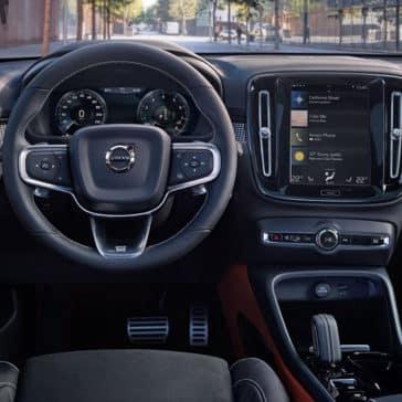 2020 Volvo XC40 Dash