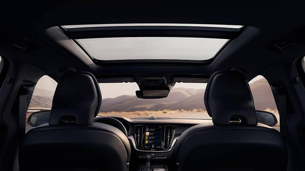 2020 Volvo V60 Sunroof