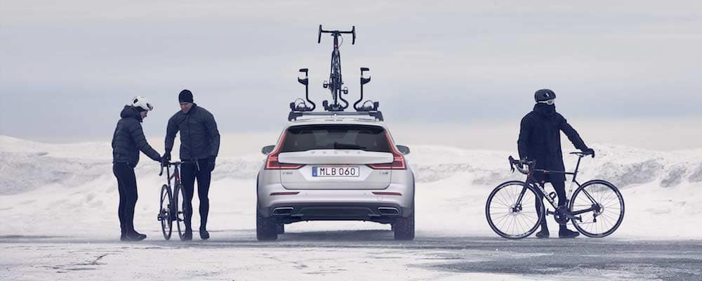 2020 Volvo V60 Cross Country with Bike Rack