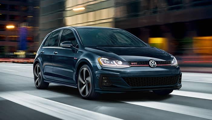 Volkswagen Golf GTI Driving