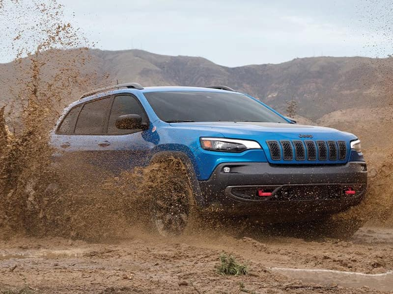 Wabash Valley Jeep - Talk with us about the 2021 Jeep Cherokee vs 2021 Chevrolet Equinox near Marion IN