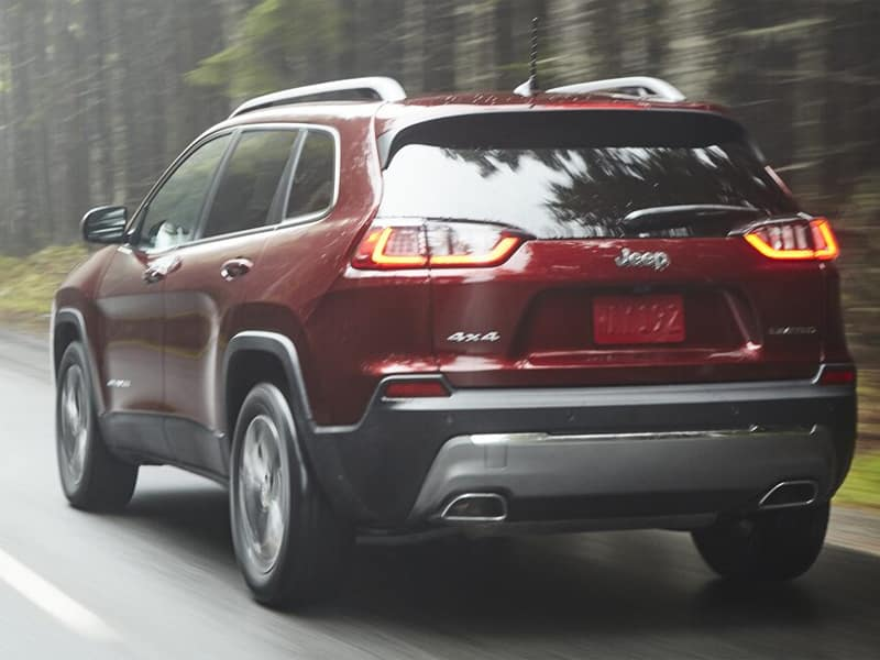 Wabash Valley Jeep - Consider the 2021 Jeep Cherokee vs 2021 Jeep Renegade near Logansport IN