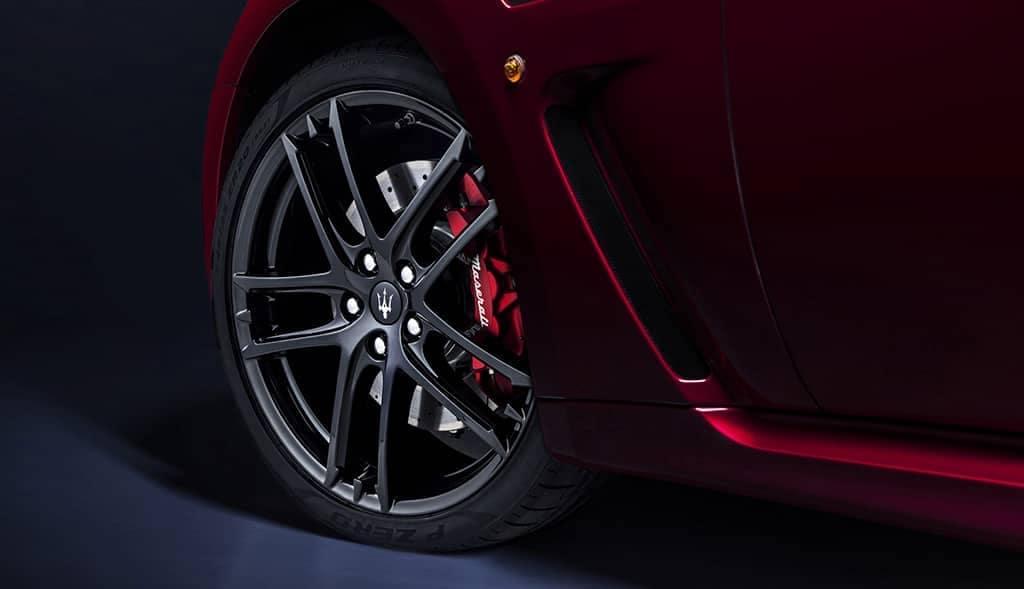 2019 Maserati GranTurismo tire