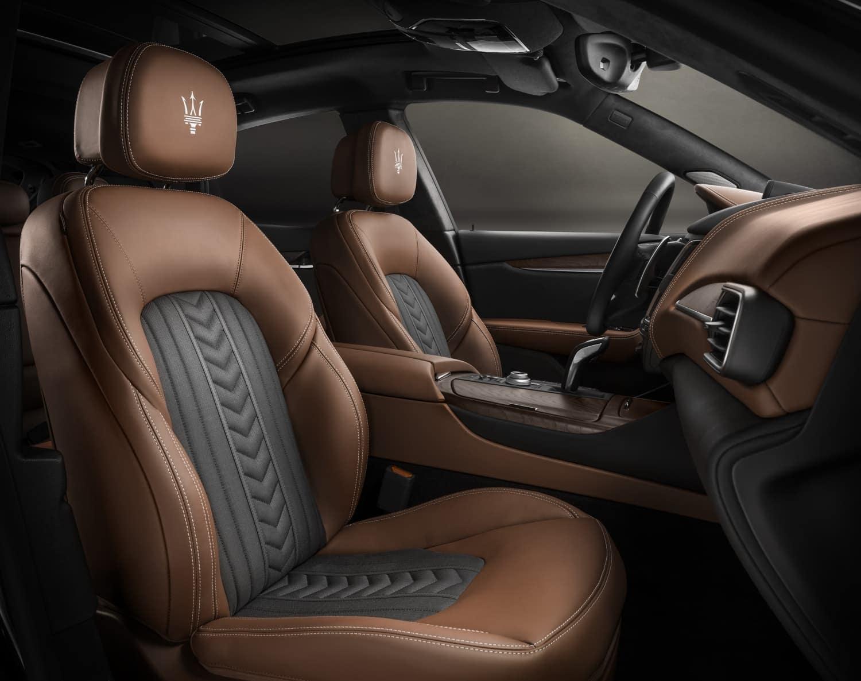 2019 Maserati Levante interior
